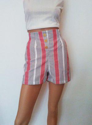 Short con botones poplin rayas. Variedad de colores