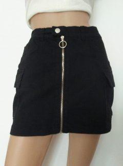 Pollera cargo de jean con cierre frontal