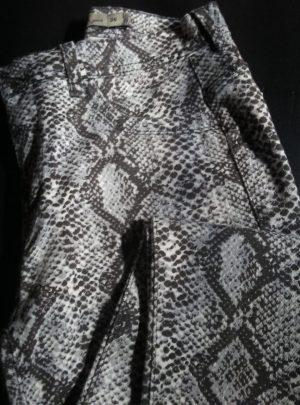 Jean reptil chupin Tiro alto Elastizado. Inquieta CH595