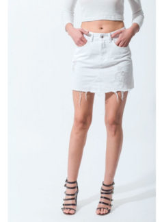 Pollera de jean blanca rigida roturas Inquieta
