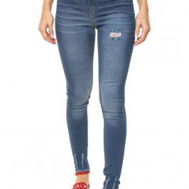 Jeans inquieta en flores avellaneda