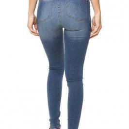 Jeans inquieta mujer