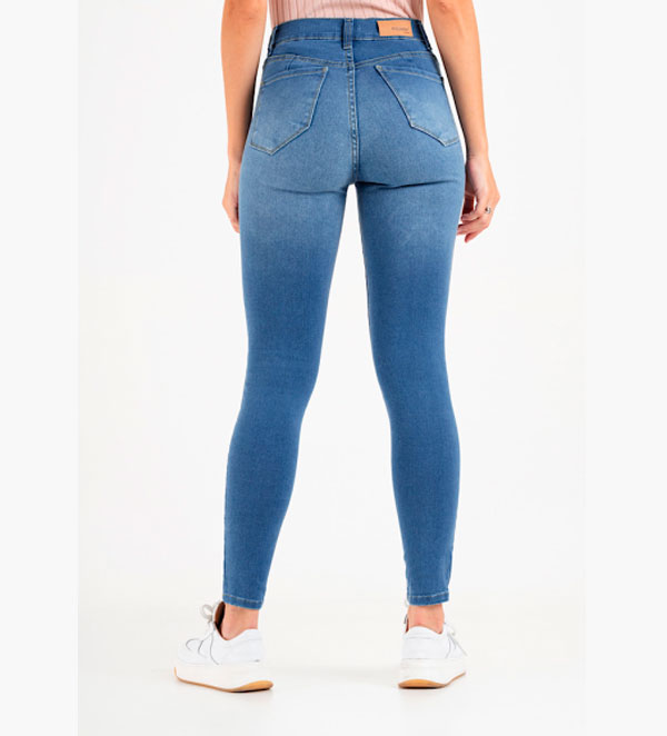 Jean chupin azul claro roturitas elastizado Inquieta. CH654